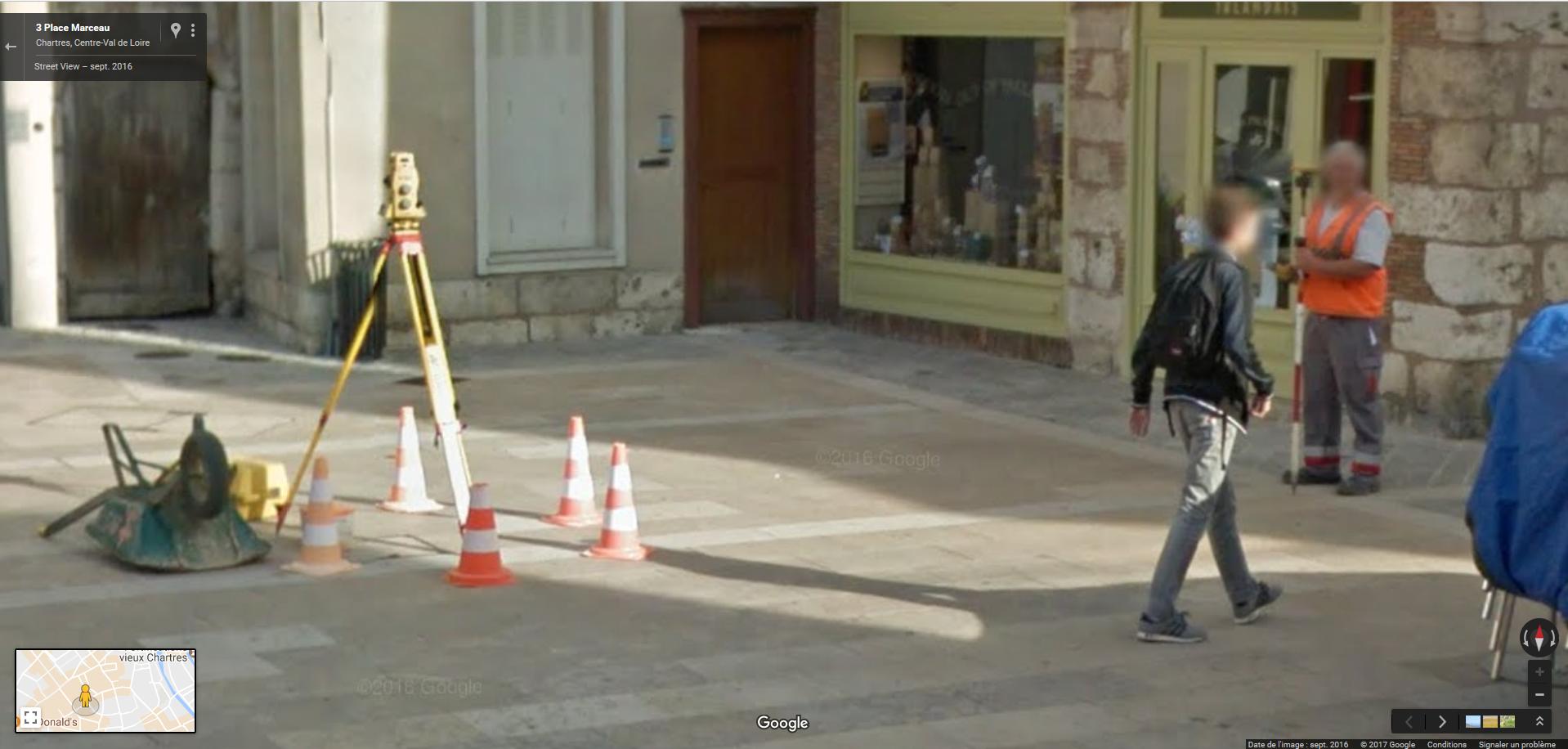 géomètre (Chartres, place Marceau)